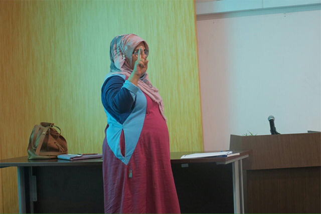 Closing ceremony of basic sign language course for social workers