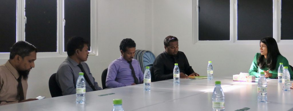 Minister Zenysha's official visit to Dh. Kudahuvadhoo